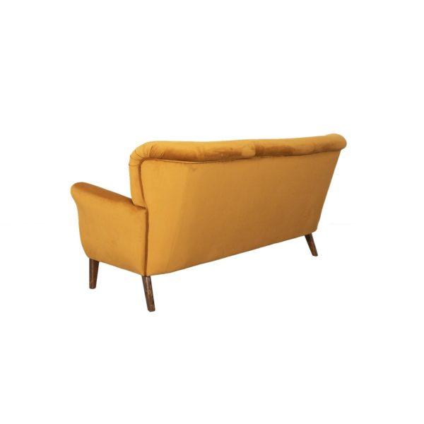 Brita kolmen istuttava sohva, verhoiltu käsinoja.